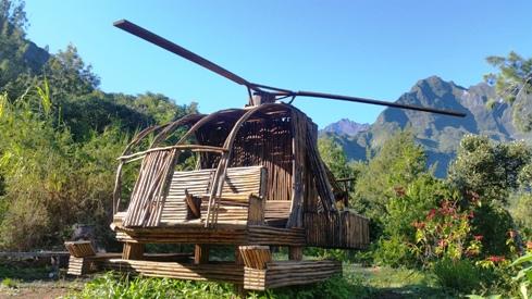 Hélicoptère en bois de goyaviers